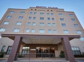 布里斯托尔宫酒店