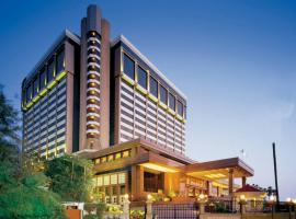 塔亚地之涯酒店