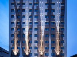 那霸提萨格鸟巢酒店