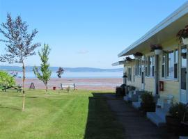 海滩微风汽车旅馆