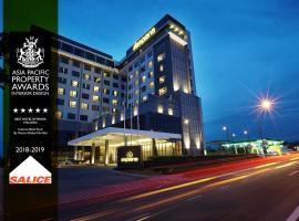 士乃宴宾雅酒店,位于古来苏丹依斯迈路机场 - JHB附近的酒店