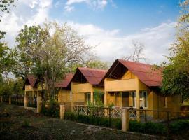 Kipling's Court, Khawāsa