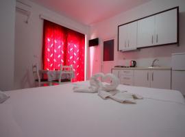 Gildi Apartments, Ksamil
