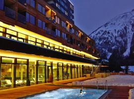 格拉多纳山木屋度假酒店