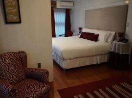 卡斯蒂利亚诺酒店, 蒙特港