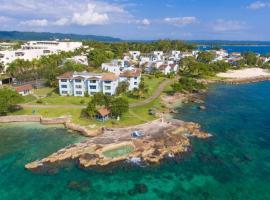 Point Village Beach Studios & Suites