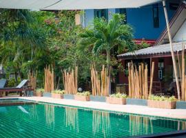 绿洲瑜伽简易别墅度假酒店