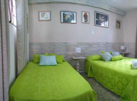 Hostal Salud 215