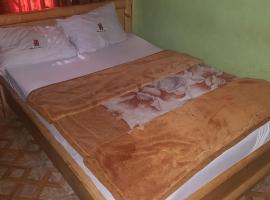 Goldlux Hotel