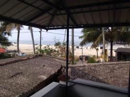Xyst Beach House Homestay