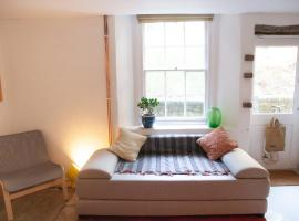 Modern 2 Bedroom Apartment in the Heart of Bristol