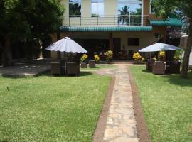 Kays Lodge