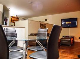 10 mn from downtown LUXURY LOFT Dix30 Area