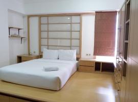 Classic and Strategic 3BR Apartment at Aryaduta Semanggi By Travelio