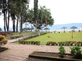 潘杜湖滨图克图克酒店, Tuk Tuk