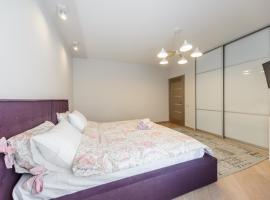 2 bedrooms apartment at Malinovskogo 8