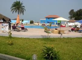 沙滩酒店, Kotu