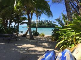 Muri Beach Studio with Pool