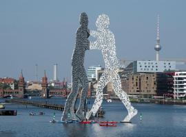 Beo -River -Berlin