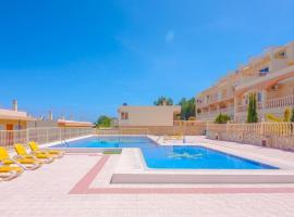 Calpe Apartment Sleeps 6 Pool Air Con WiFi