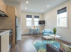 Fresh and Convenient North End Top-Floor Suite