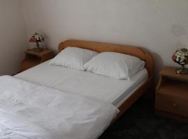 Lorris hotel apartments