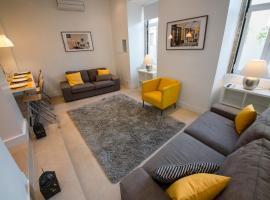 KingsHouse Lapa, Boutique apt 2 bedroom, A/C, Patio