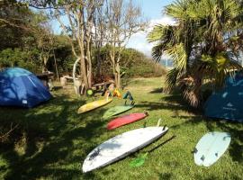Morro das Pedras Surf Camp