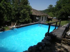兹利波娃度假屋 - 带游泳池