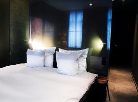 夜之栈酒店