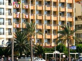 索泽尔酒店