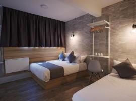 Q Loft Hotels@Bedok (SG Clean, Staycation Approved),位于新加坡新加坡博览会展览中心附近的酒店