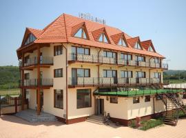 伊甸园酒店, Şimian