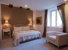 Relais Bijoux Napoli,位于那不勒斯的旅馆