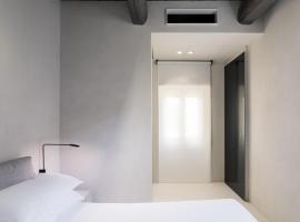Hotel Scenario
