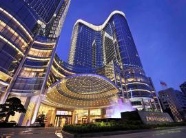 广州圣丰索菲特大酒店,位于广州的酒店