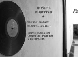 Hostel Positivo