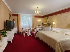 奥斯特罗夫酒店