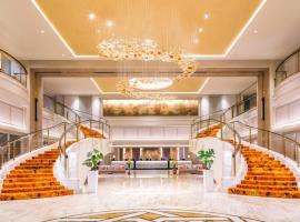 新加坡史各士皇族酒店,位于新加坡爱雍·乌节附近的酒店
