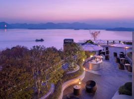 杭州君悦酒店,位于杭州西湖附近的酒店