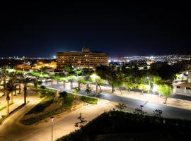 欧利斯阿喀巴酒店,位于亚喀巴皇家游艇俱乐部附近的酒店
