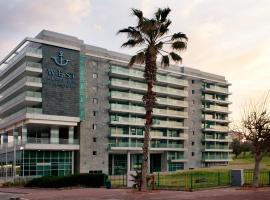 West All Suites Hotel Ashdod,位于阿什杜德的酒店