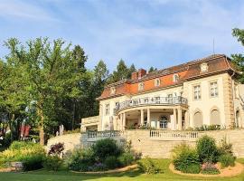 Hotel Villa Altenburg,位于Pößneck的酒店