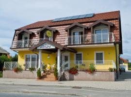塔玛拉别墅早餐酒店, 摩拉瓦托普利采