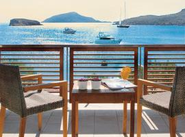 爱琴海岸酒店, 苏尼翁
