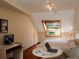 珀尔塔斯哥阿提卡21号酒店