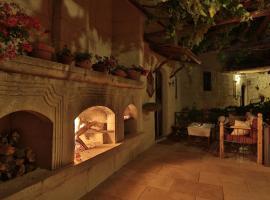 拉米汗洞穴酒店
