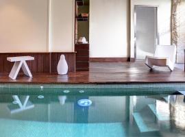 海豚和修道院Spa餐馆酒店