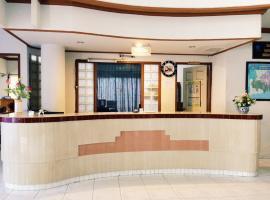 裕利亚酒店, Gorontalo