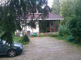 斯沃斯基度假屋, Siverskiy (Oredezh River附近)